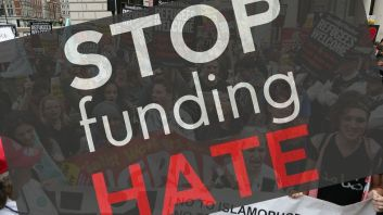 stop fundign hate logo