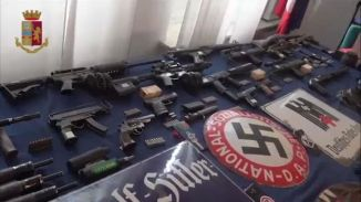 Italian far right weapons